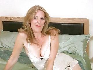 Egyenes szobatársa meleg pornó